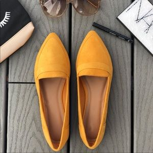💛 Chic Yellow Flats 💛 New in Box